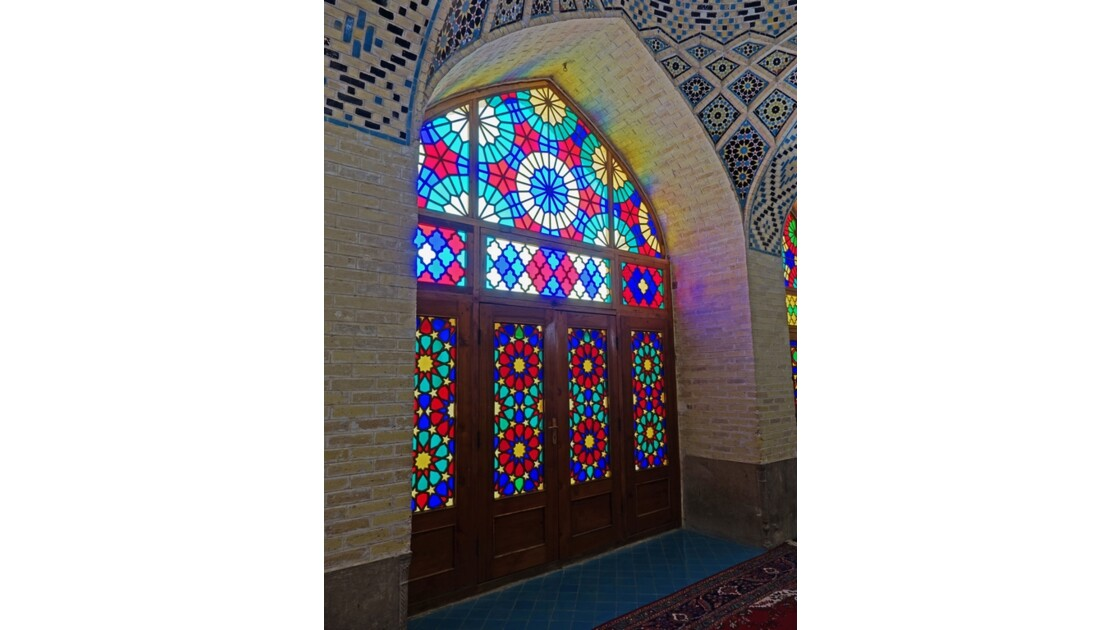 Iran Shiraz la mosquée Nasir-ol-Molk le Shabestan 3