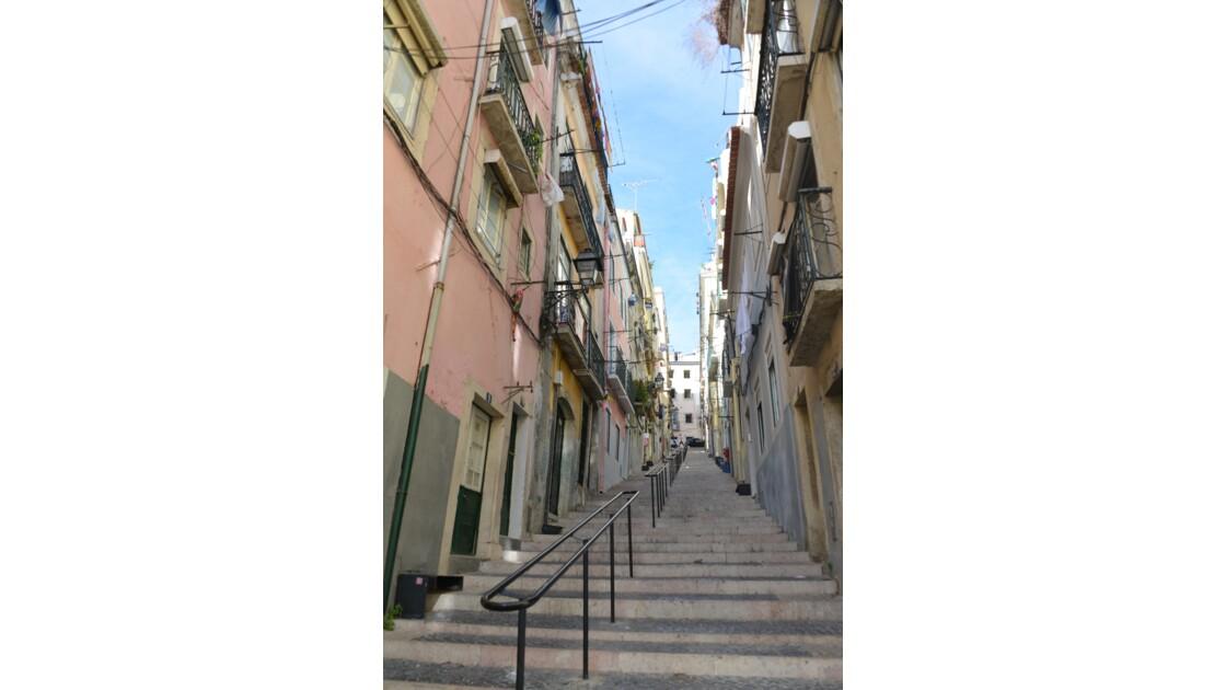 Lisbonne:encore des escaliers!