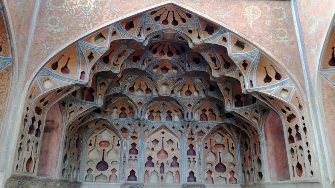 Iran Ispahan Palais Ali Qapu Salle de musique 2