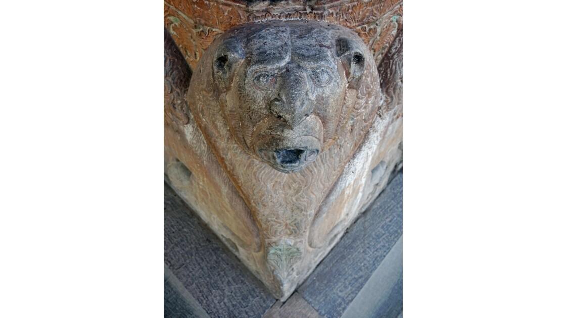 Iran Ispahan Chehel Sotoun Palais des 40 colonnes  lion des colonnes du Talar 1