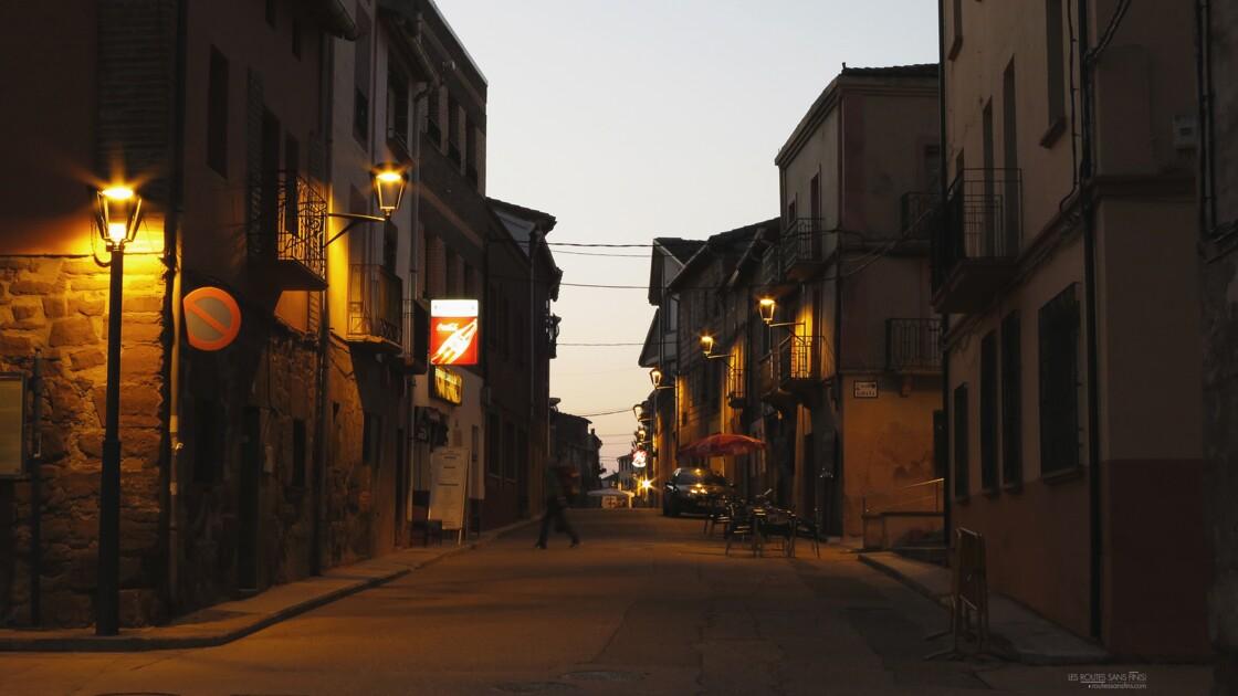 Un village du Camino s'éveille.