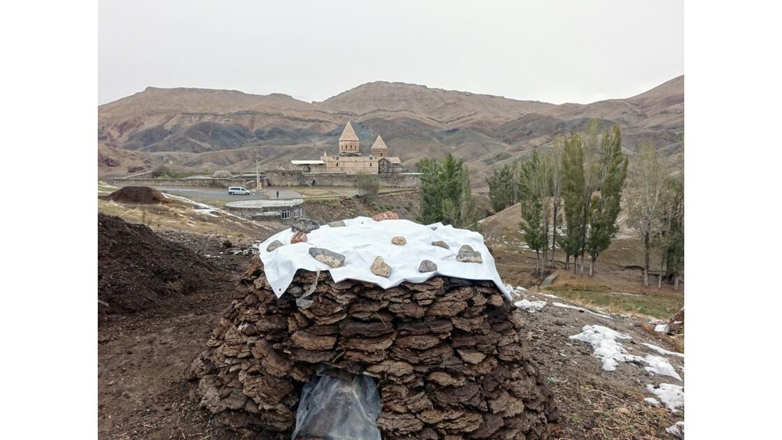 Iran Le village de Chaldoran et l'église Saint-Thaddée 1