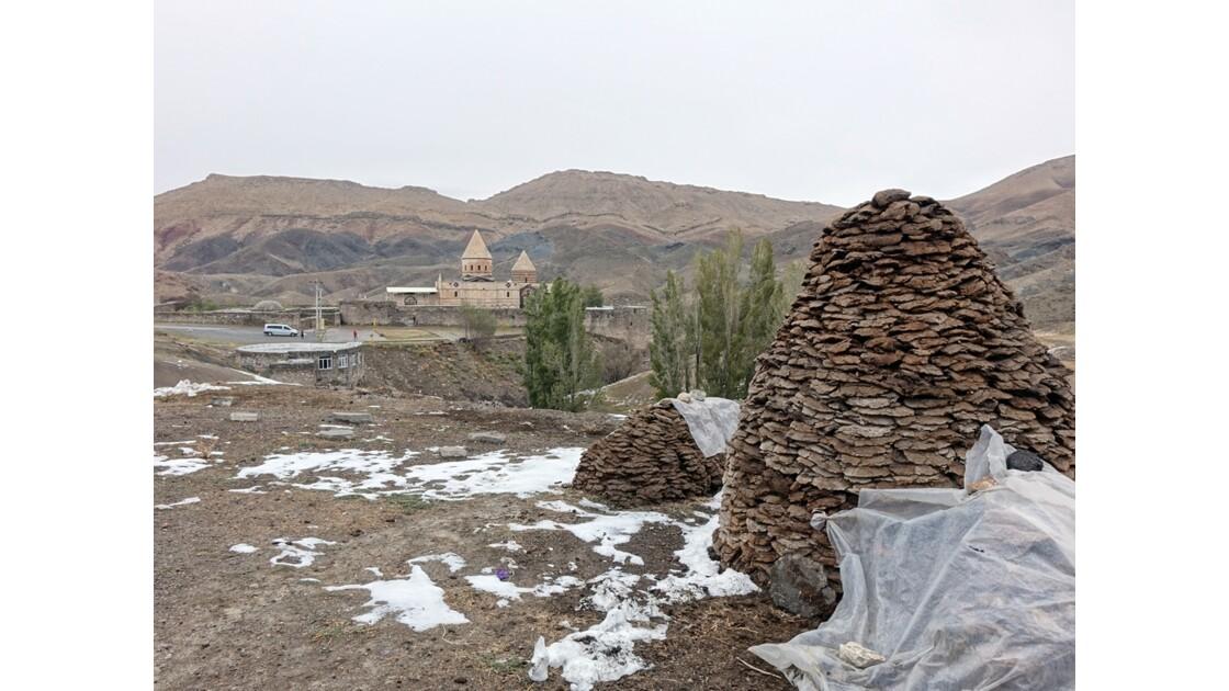 Iran Le village de Chaldoran et l'église Saint-Thaddée 3