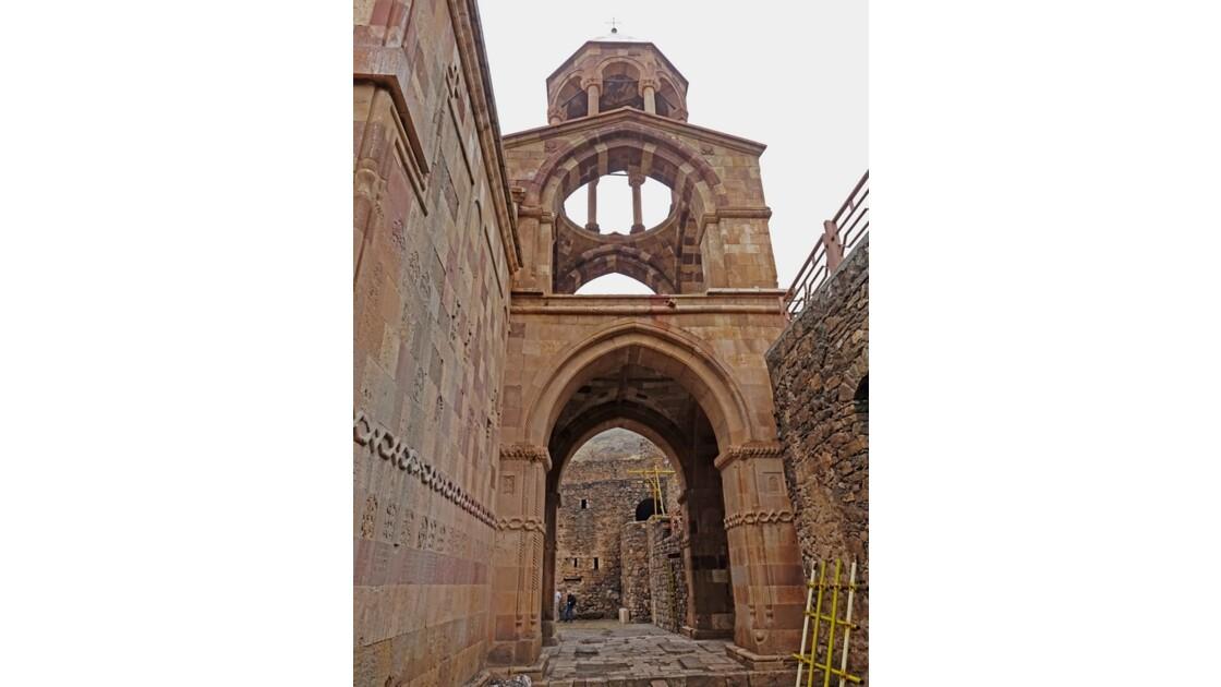 Iran Monastère de Saint Stéphane clocheton d'entrée