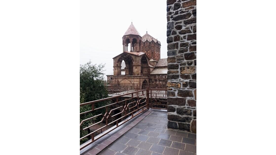 Iran Monastère de Saint Stéphane remparts du jardin 1