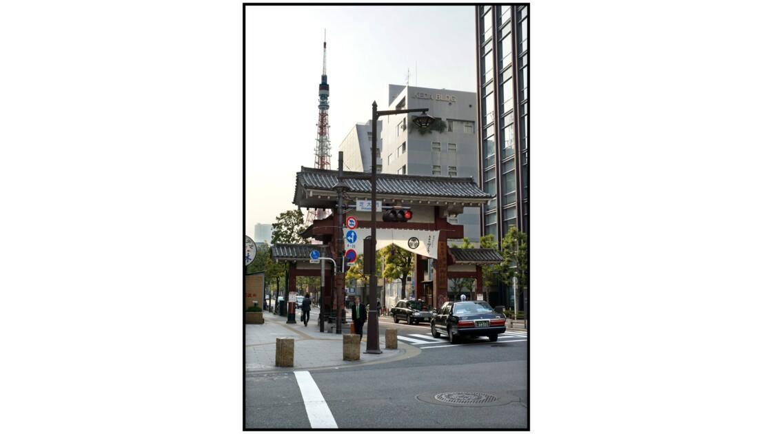 Tokyo - Minato - première porte du Temple Zōjō-ji