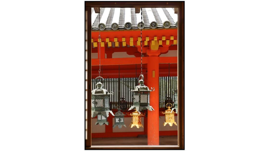 Nara - Kasuga-taisha - Tsuri-dōrō