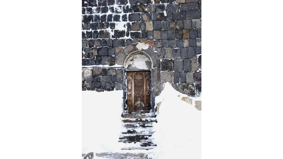 Arménie Sevanavank Sourp Astvatsatsin porte d'entrée 1