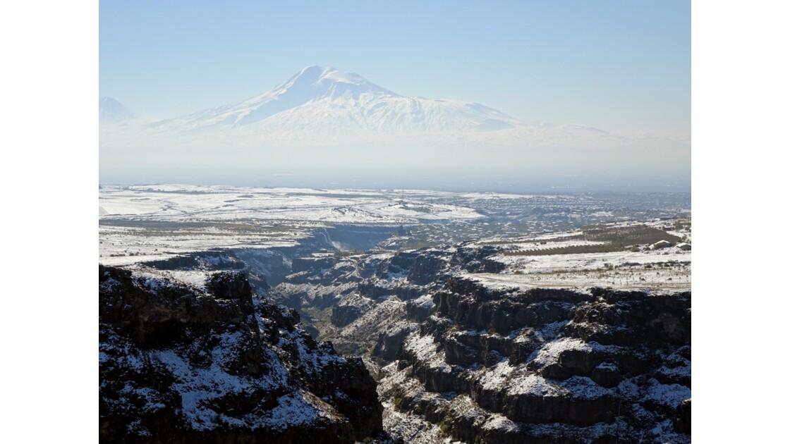 Arménie Les gorges du Kassagh et le Mont Ararat