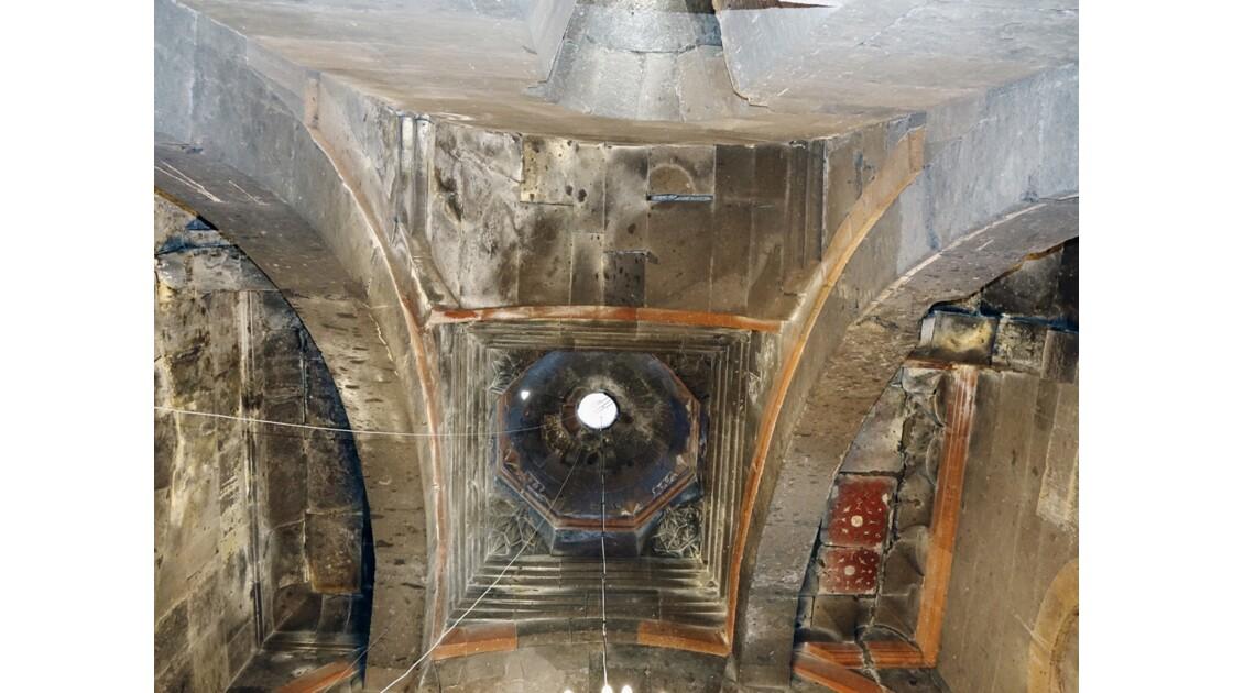 Arménie Monastère Saghmosavank Coupole de Sourp Sion