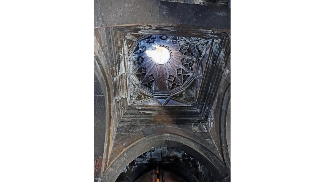 Arménie Monastère Saghmosavank Coupole du gavit 2
