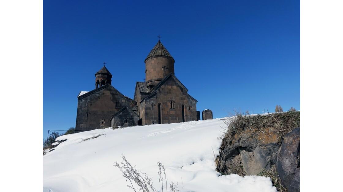 Arménie Monastère Saghmosavank vu des gorges du Kassagh