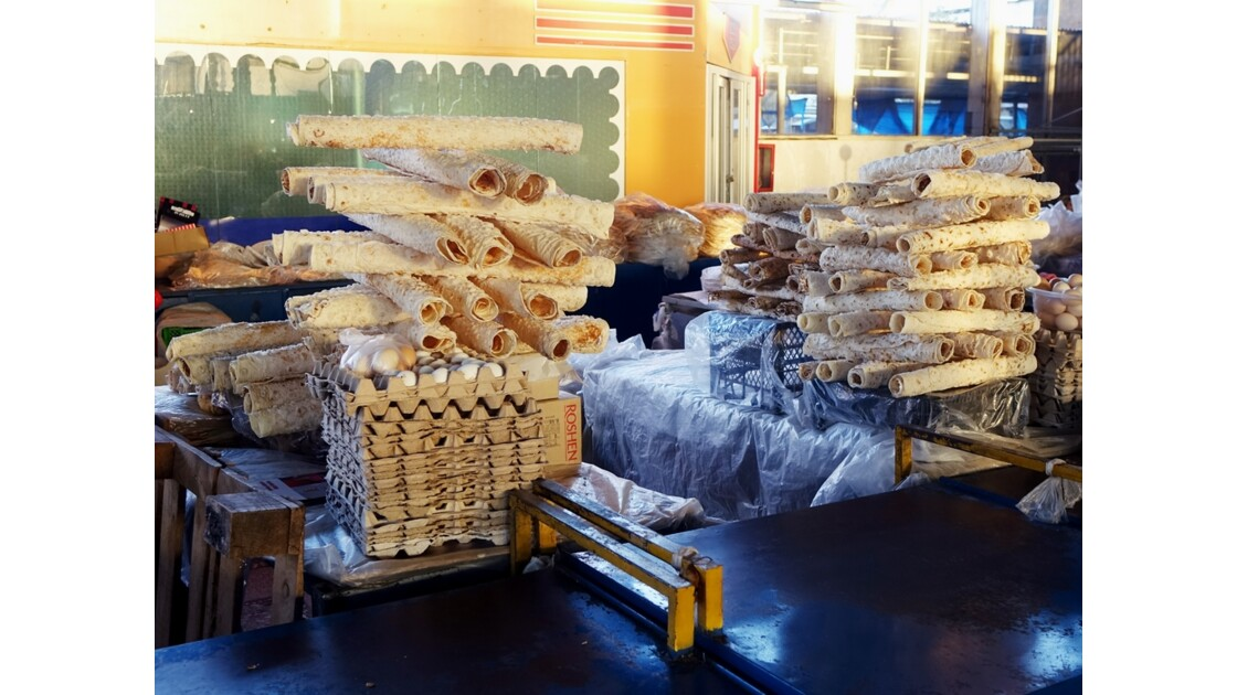 Arménie Erévan Marché aux fruits - le pain 2