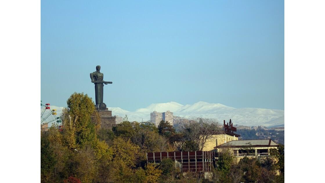 Arménie Erevan Statue de Mother Armenia 2