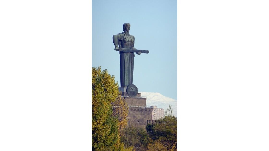 Arménie Erevan Statue de Mother Armenia 3