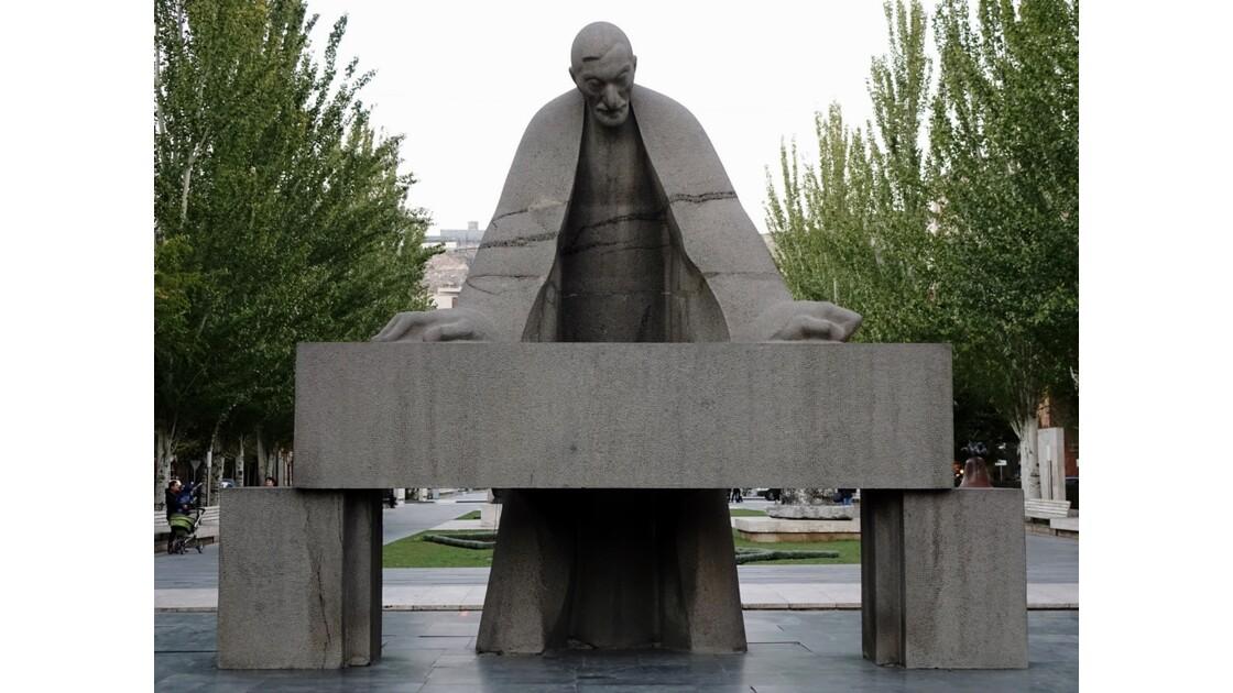 Arménie Statue d'Alexandre Tamanian