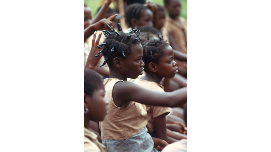 Congo 70 Région du pool Enregistrement d'une émission de TV éducative 11
