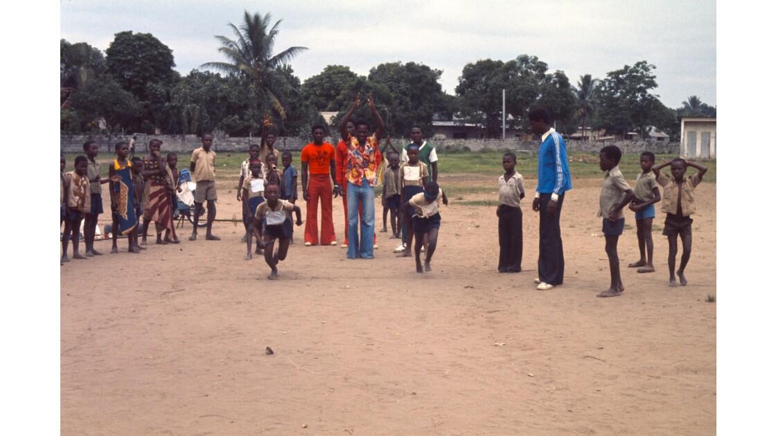 Congo 70 Brazzaville Sport à l'école 3