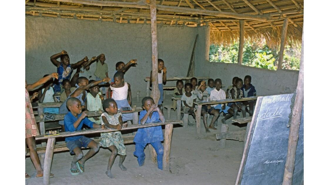 Congo 70 Ecole de Djoumouna 6