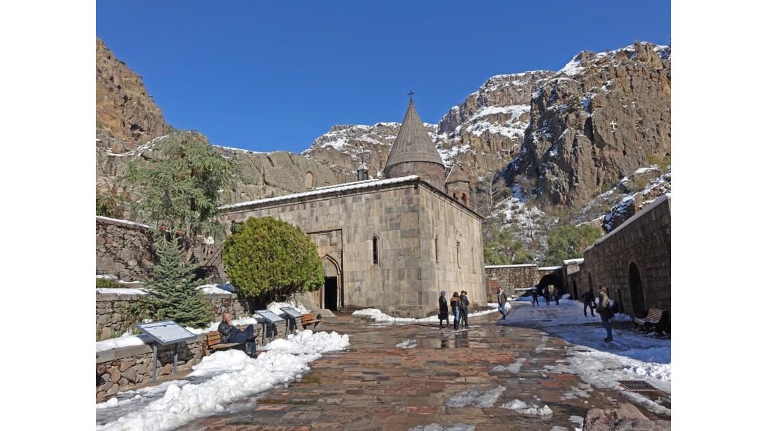 Arménie monastère de Guéghard 4