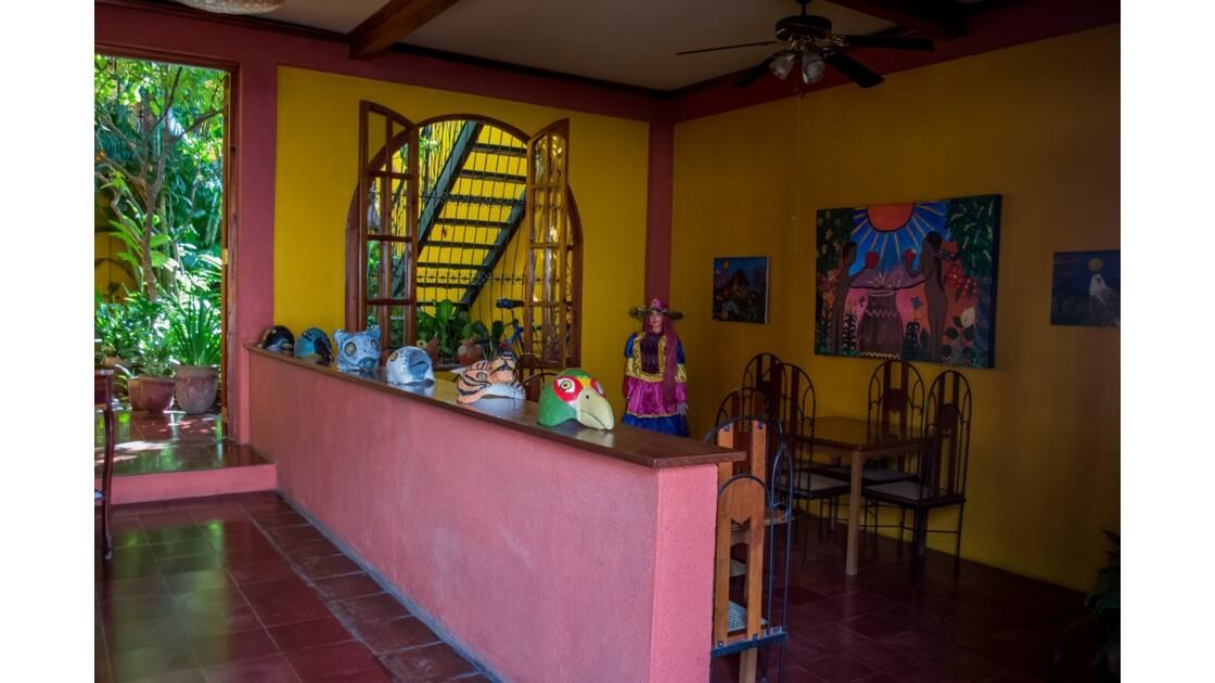 les villes coloniales les plus importantes : Grenade et Leon