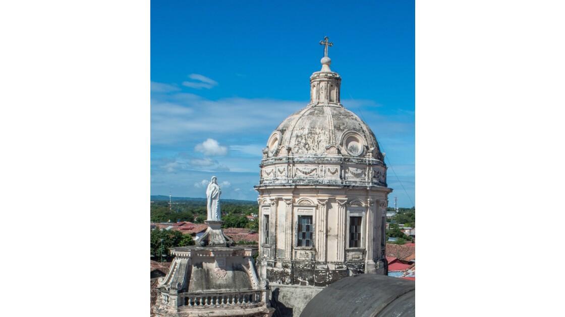 Les villes coloniales les plus importantes : Grenade et Léon