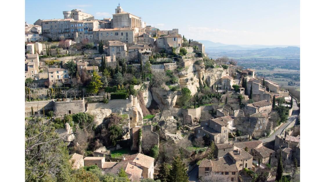 Gordes dans la lumière d'un hivers en Provence