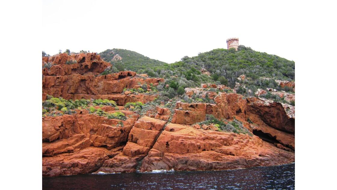 Curiosités géologiques de la réserve naturelle de Scandola - Au nord du Golfe de Girolata