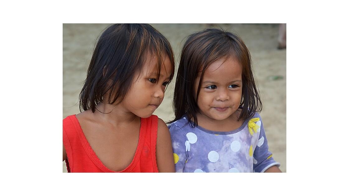 enfants Palawan Philippines