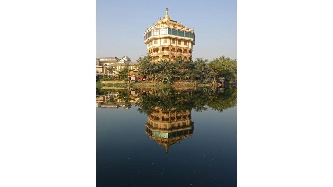Myanmar Reflets sur Mandalay 2