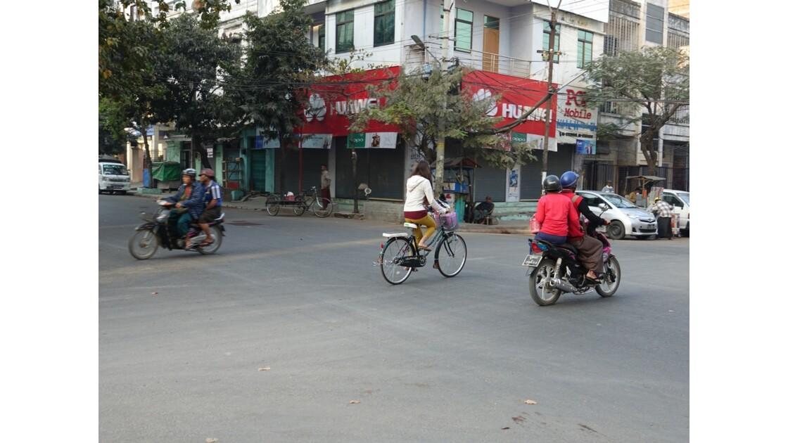 Myanmar Mandalay au petit matin 3
