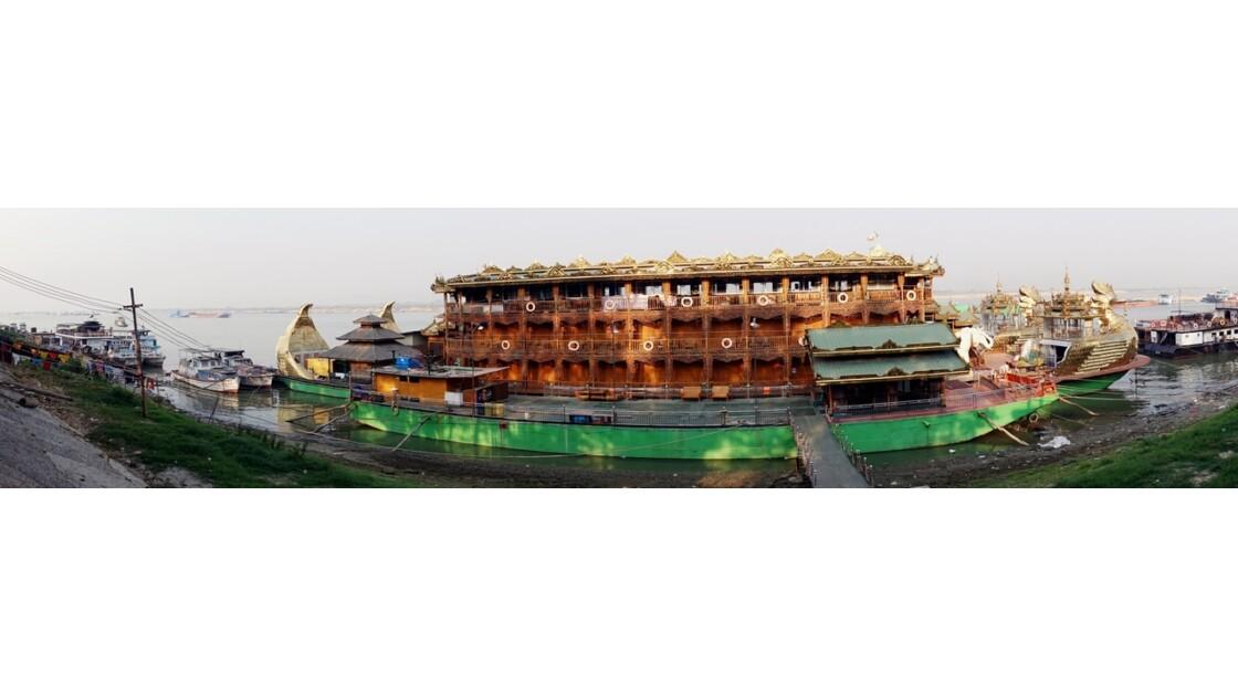 Myanmar Mandalay Le bateau royal de croisière 1