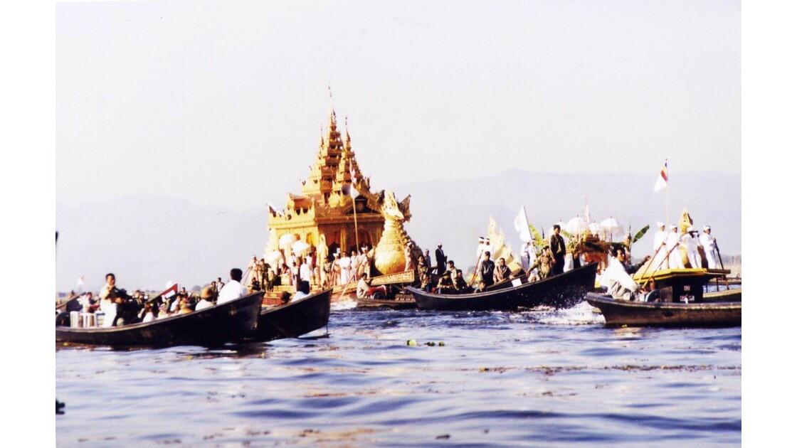 Festival de Phaung Daw Oo