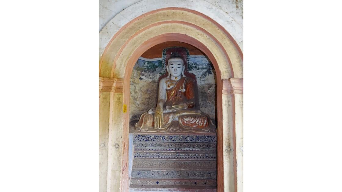 Myanmar Les bouddhas de Po Win Taung 4