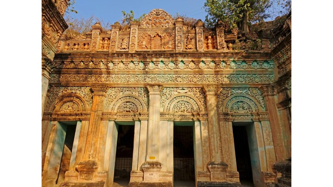 Myanmar Po Win Taung Temple excavé époque coloniale 3