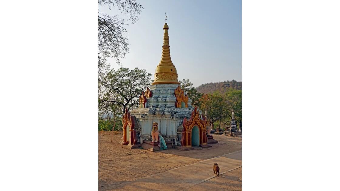 Myanmar  Po Win Taung Stupa