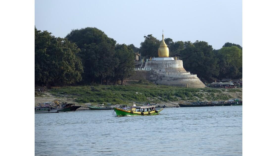 Myanmar Le port de Bagan 2