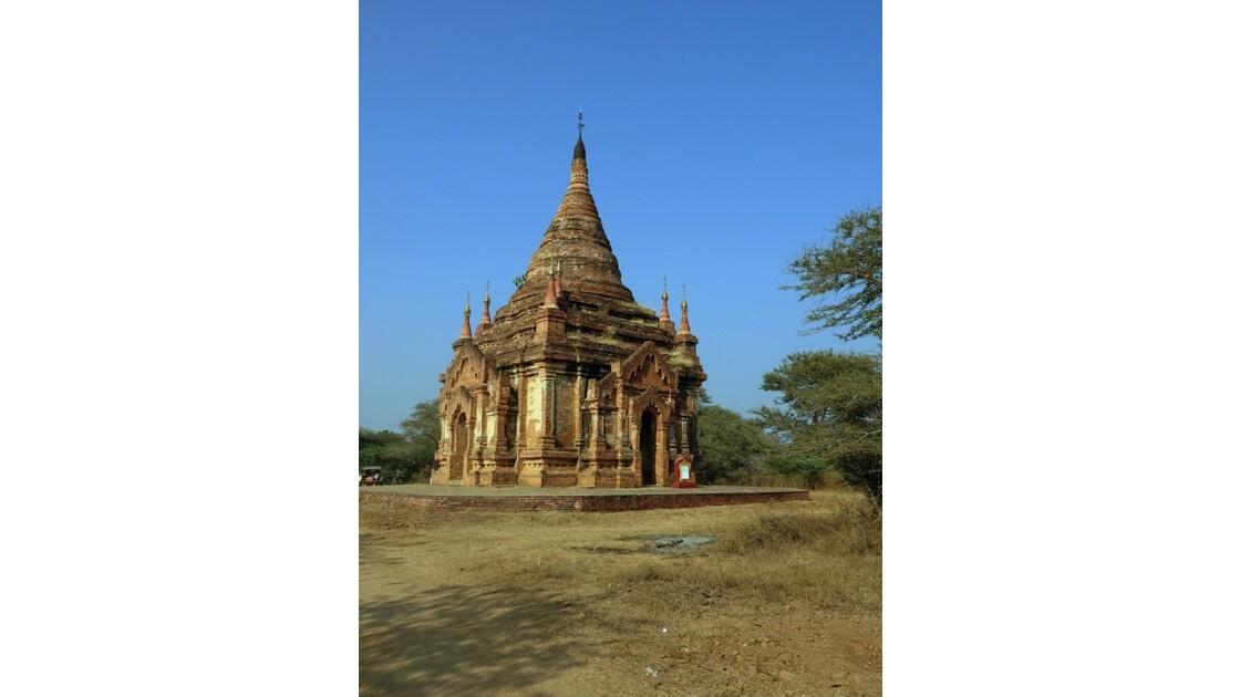 Myanmar Temples et pagodes dans Old Bagan 5