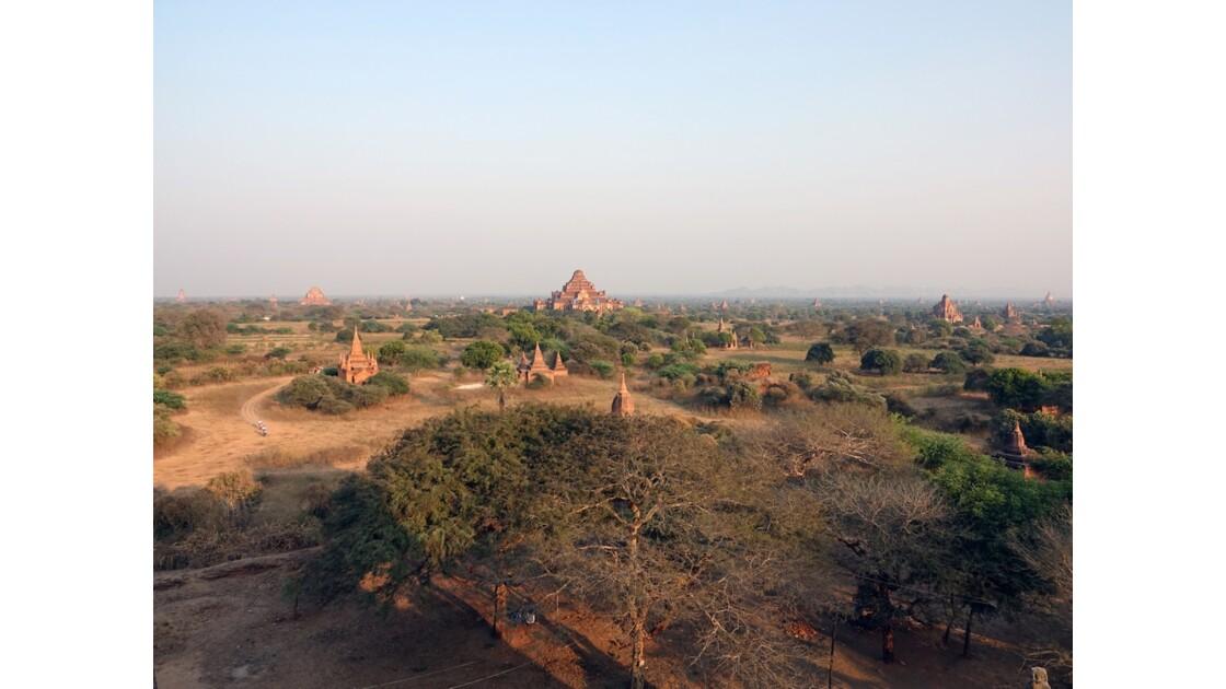 Myanmar Bagan Pagode Dhammayan Gyi vue de Shwesandaw