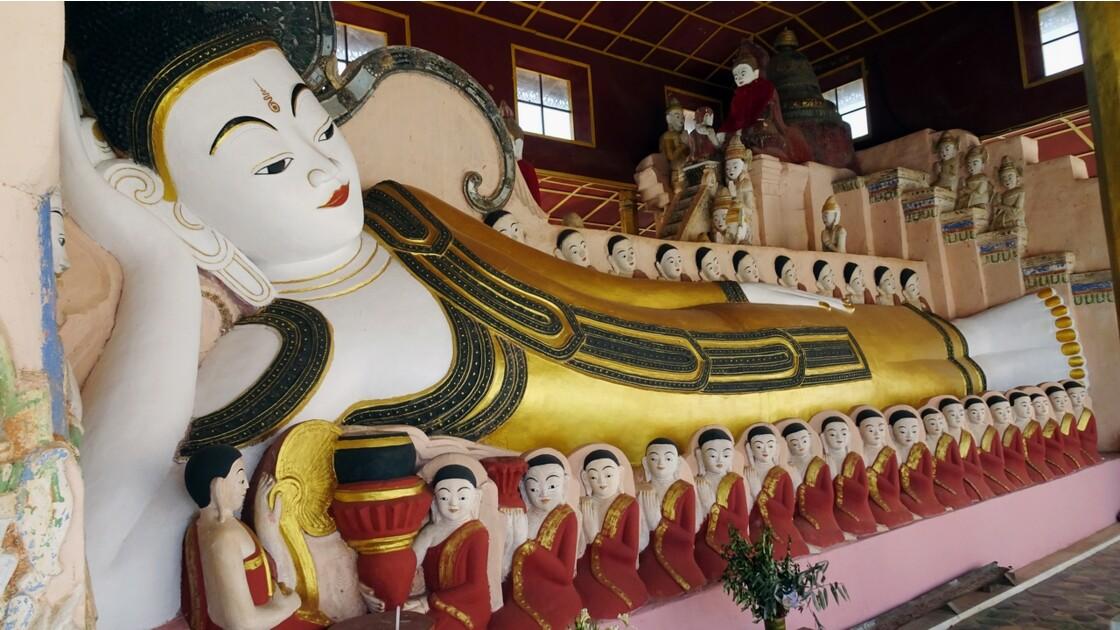 Myanmar Sagar Pagodes de Takhaung 5