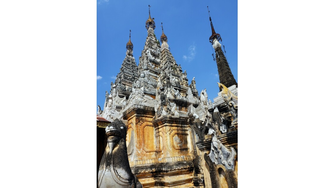 Myanmar Sagar Pagodes de Takhaung 11