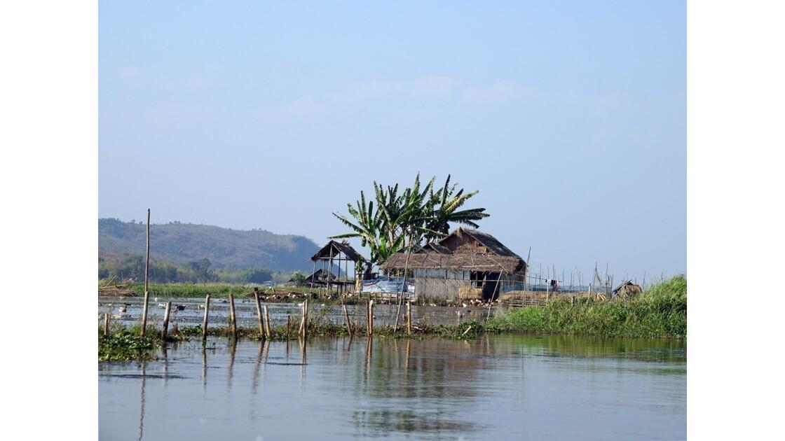 Myanmar Canal entre le lac Sagar et le lac Inlé 3