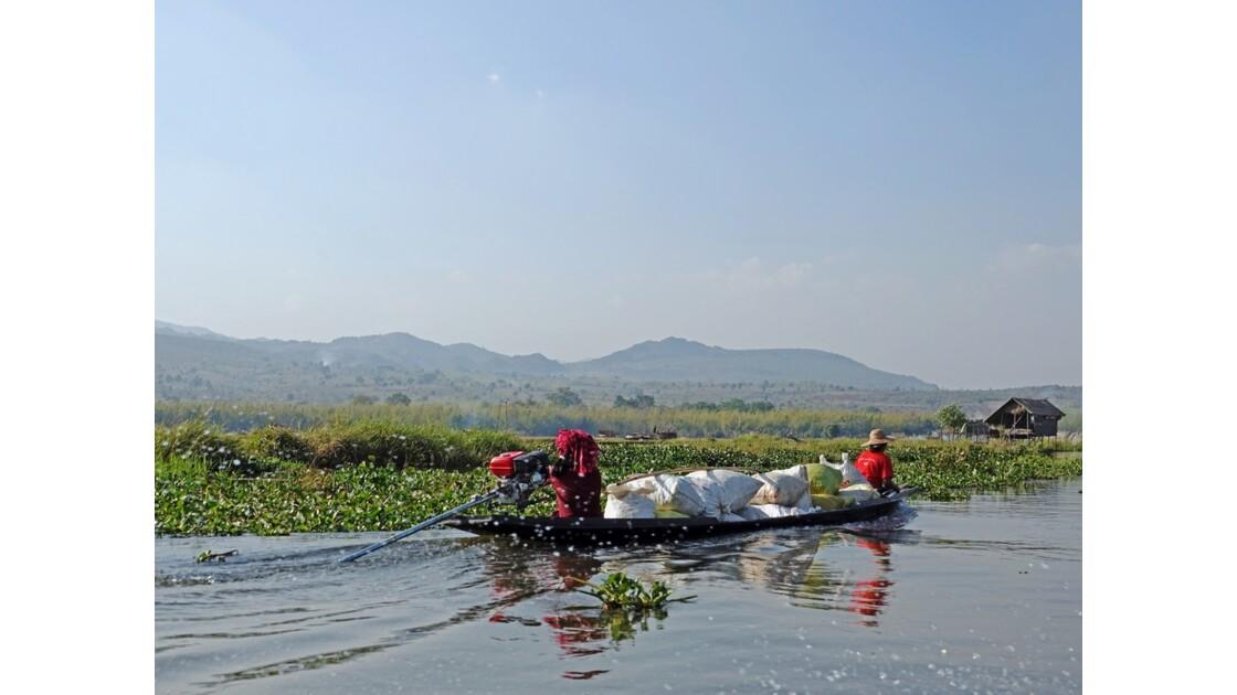 Myanmar Canal entre le lac Sagar et le lac Inlé 5