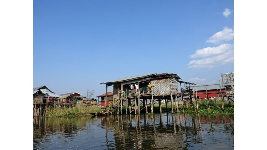 Myanmar Canal entre le lac Sagar et le lac Inlé 7