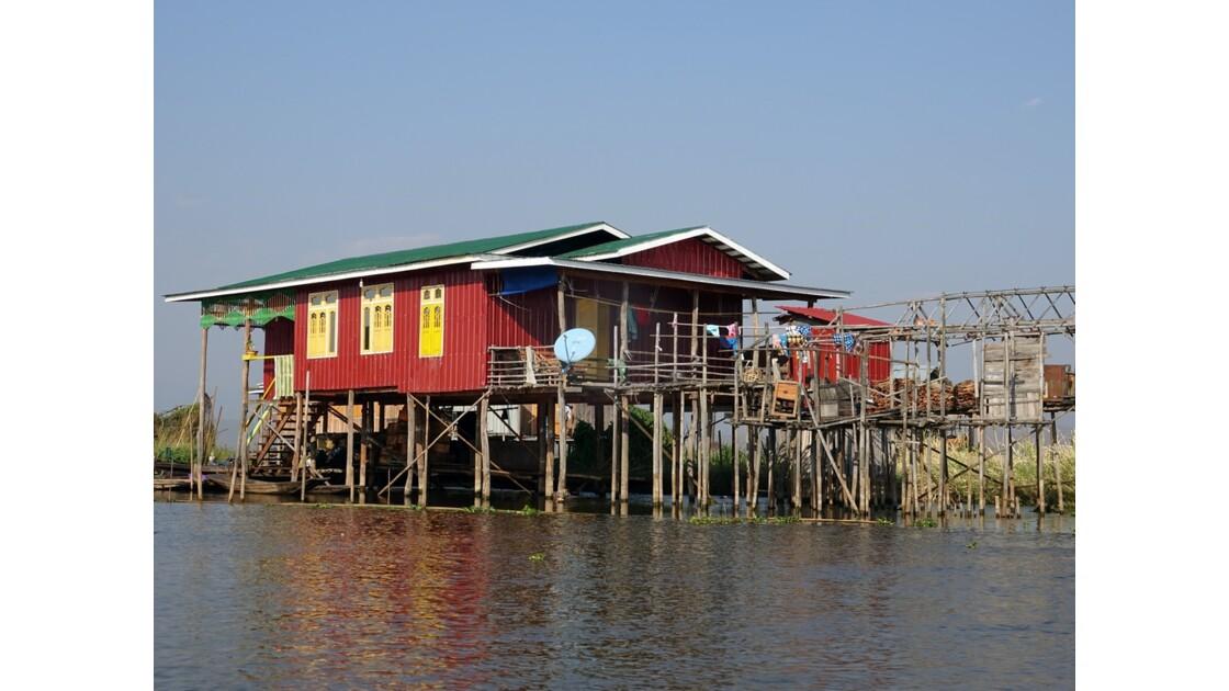 Myanmar Canal entre le lac Sagar et le lac Inlé 10