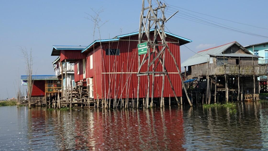 Myanmar Canal entre le lac Sagar et le lac Inlé 14