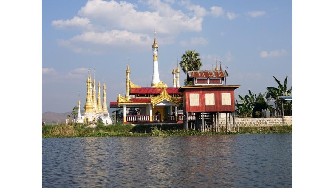 Myanmar Canal entre le lac Sagar et le lac Inlé 17