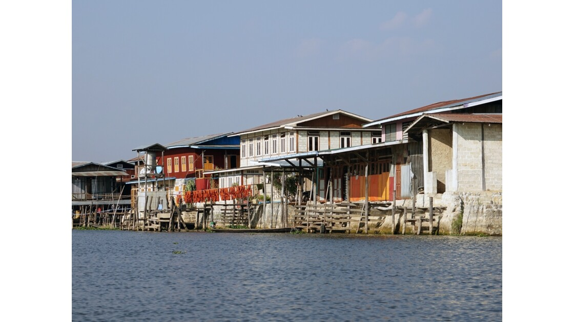 Myanmar Canal entre le lac Sagar et le lac Inlé 19