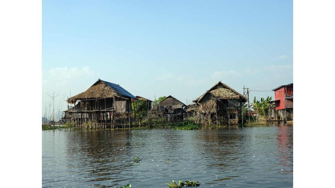 Myanmar Canal entre le lac Sagar et le lac Inlé 23