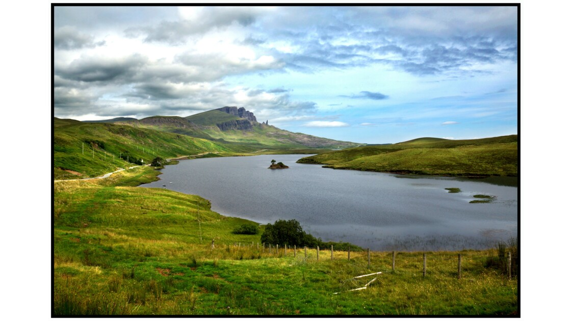 Isle of Skye - Loch Leathan et Old Man of Storr